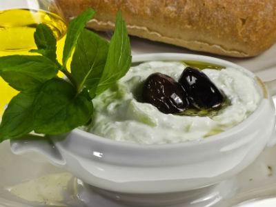Tzatziki Salad -Τζατζίκι