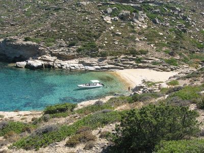 Agia Kyriaki beach | Ios Beaches | Ios Greece | Best beaches in Greece | Manganari beach Ios | Ios Mylopotas beach | Yialos Beach | Koumbara Beach